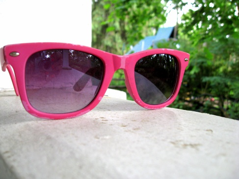 pink sunglasses before repurpose, chipping paint